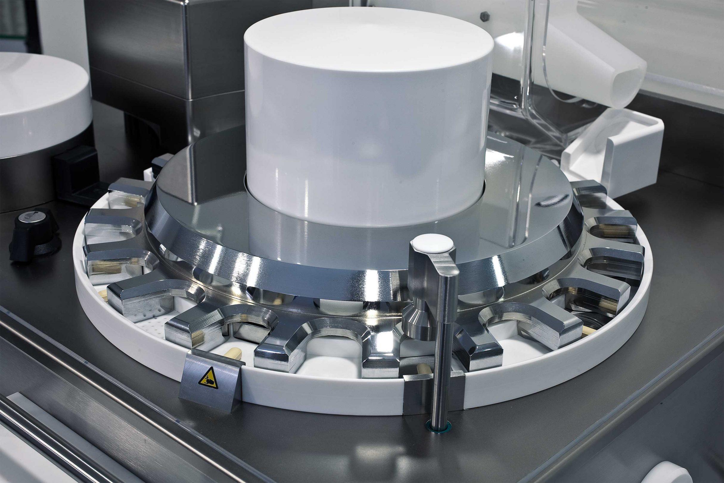 IPC.line UTS NIR Automatisches Tabletten-Prüfsystem mit Wirkstoffgehaltsmessung, Kraemer Elektronik GmbH